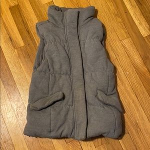 GAP DOWN KNIT VEST